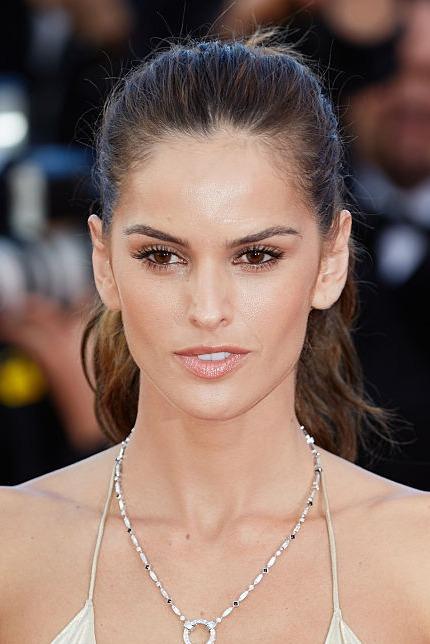Izabel Goulart Makeup Cannes Film Festival 2...